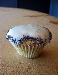 cupcake-limepoppyseed-lemonpi.jpg
