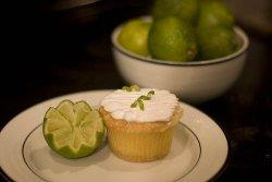 cupcake-whisksandneedles.jpg