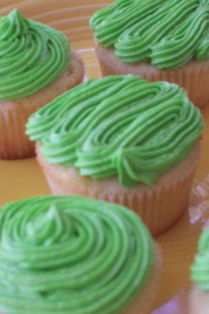 dewcupcakes2.jpg